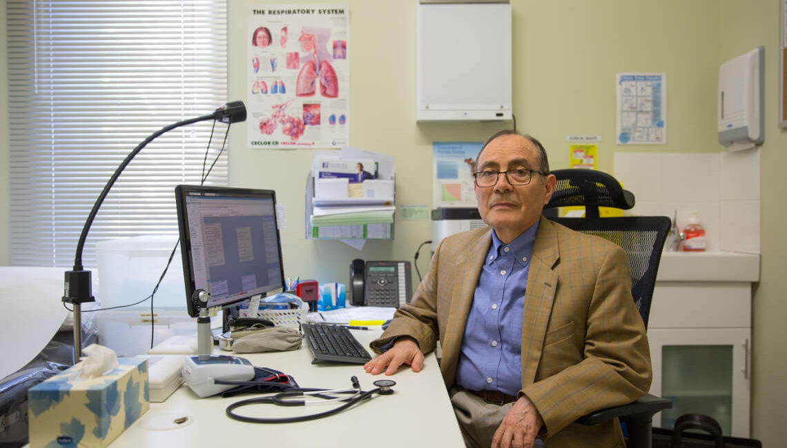 dr-carlos-robalino-slider